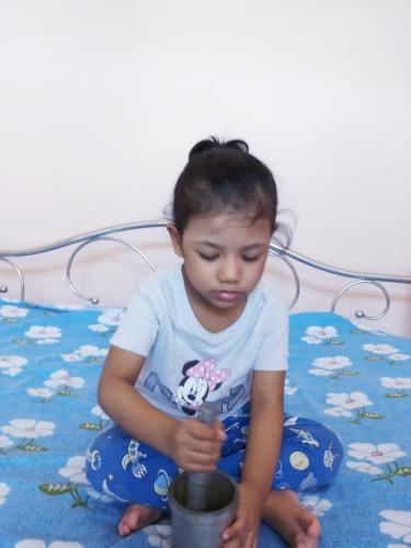 Montessori-Pounding Activity
